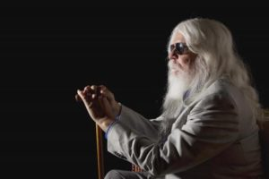 Musician Leon Russell poses for a portrait in New York June 15, 2011.  REUTERS/Lucas Jackson
